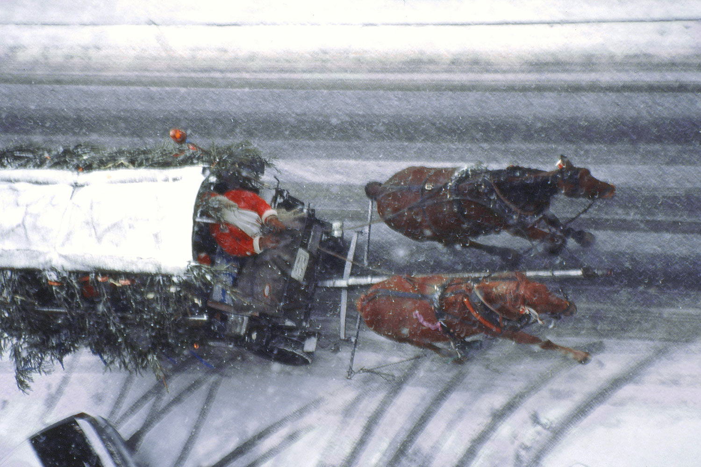 Weihnachtsmann-Express (Foto: Manfred Hiersemann) . Ausstellung Fahrzeuge - Spielzeuge . Galerie im CCS . Suhl 2010