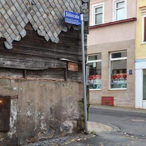 Suhl: Ecke Gothaer Straße / Döllstraße . Sonntags bei uns um die Ecke (Foto: Günter Giese)