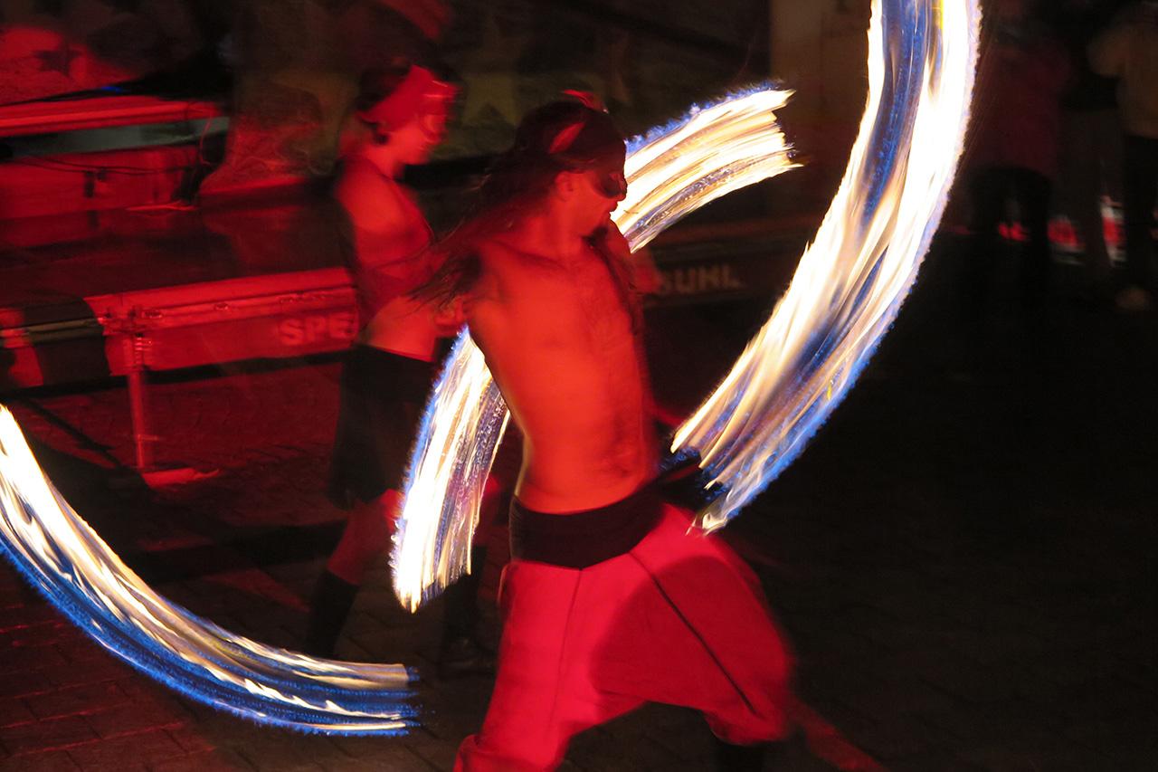 Feuershow (Foto: Peter Maximilian Schmidt)
