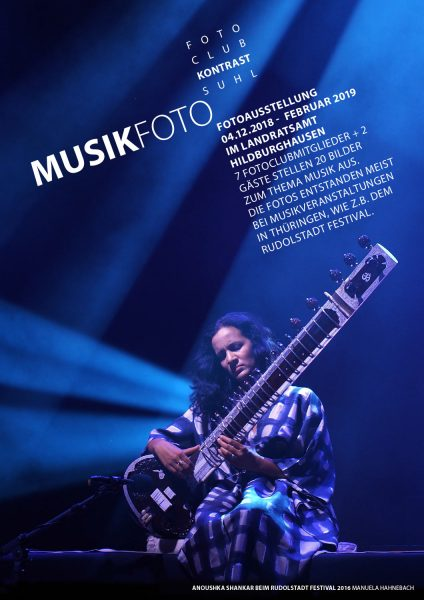 MusikFoto . Plakat zur Fotoausstellung 2018 Fotoclub Kontrast Suhl . Landratsamt Hildburghausen