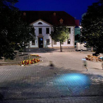 Morgens um 6 am Marktplatz . Südthüringentrail 2020 (Foto: Manuela Hahnebach)