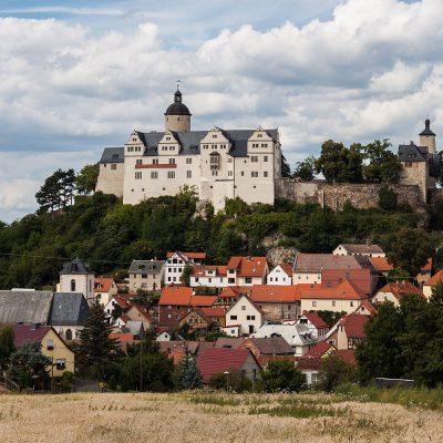 Burg und Stadt Ranis (Foto: Ansgar Koreng, Wikimedia, CC BY 3.0)